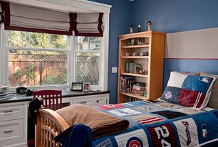 Traditional Kids Bedroom with double-hung window, Hardwood floors, Bay window, no bedroom feature, Standard height