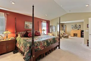 Traditional Master Bedroom with can lights, Standard height, Carpet