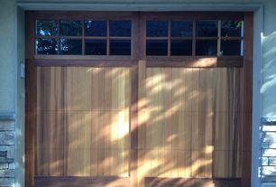 Craftsman Garage with specialty door, Standard height, Transom window