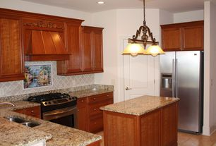 Traditional Kitchen with Kitchen island, U-shaped, Undermount sink, Pendant light, High ceiling, Simple granite counters