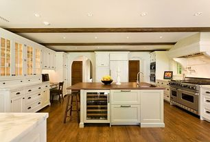 Traditional Kitchen with Calacatta marble, Flat panel cabinets, Complex marble counters, Undermount sink, Kitchen island