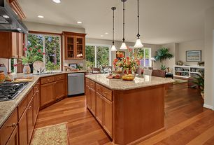 Traditional Kitchen with Front Control Dishwasher, Breakfast nook, Standard height, Glass panel, Paint, specialty window