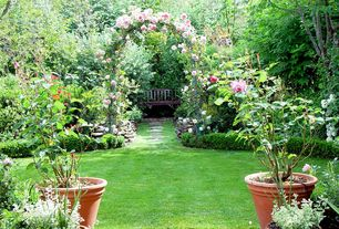Traditional Landscape/Yard with Pathway, Arbor