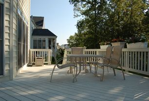 Traditional Deck with Transom window