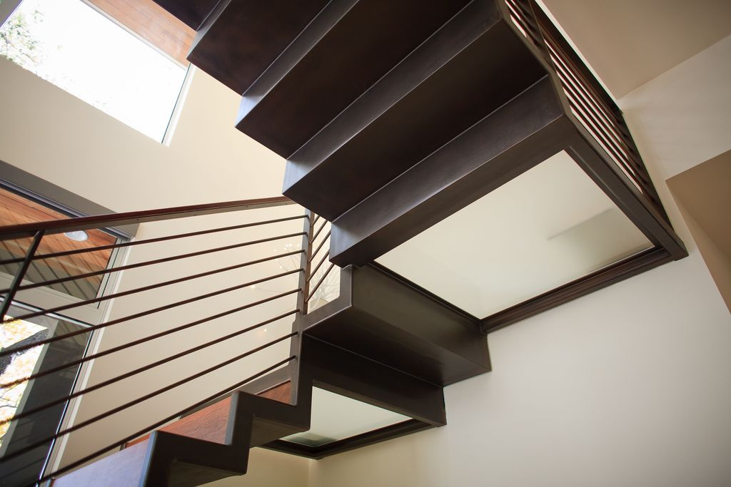 Contemporary Staircase with Laminate floors, High ceiling, Floating staircase
