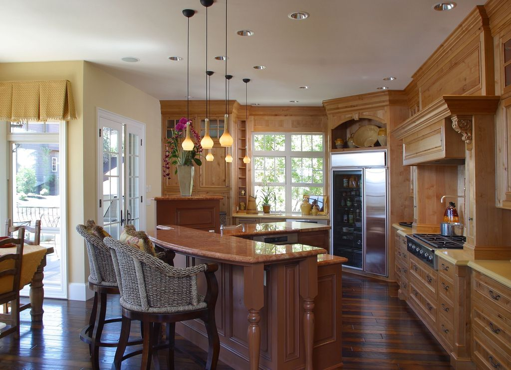 Traditional Kitchen with Paint 1, Simple granite counters, Pottery barn seagrass bucket swivel barstool, can lights, Casement