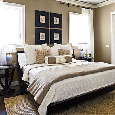 Modern Guest Bedroom with Standard height, Laminate floors, Crown molding, Paint, specialty window