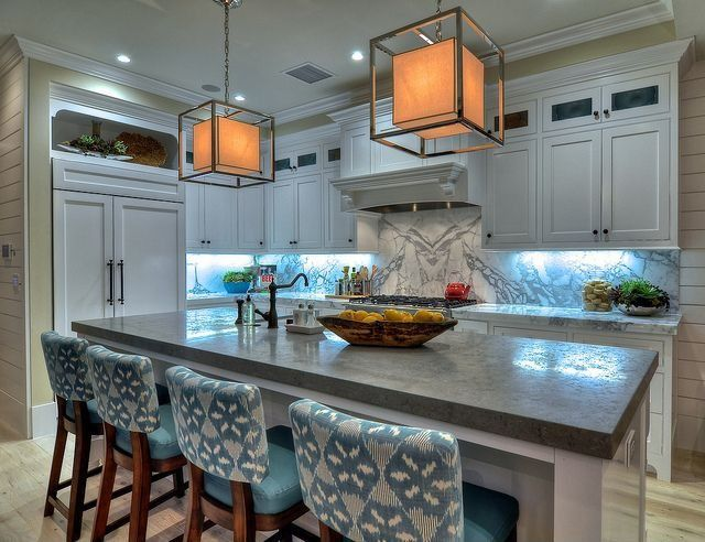 Contemporary Kitchen with Complex Granite, Paint 1, Undermount sink, Calacatta Capraia Polished Marble, electric cooktop