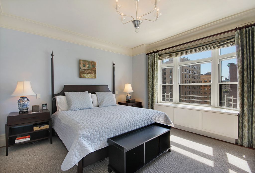 Traditional Master Bedroom with double-hung window, Crown molding, picture window, Standard height, Hardwood floors
