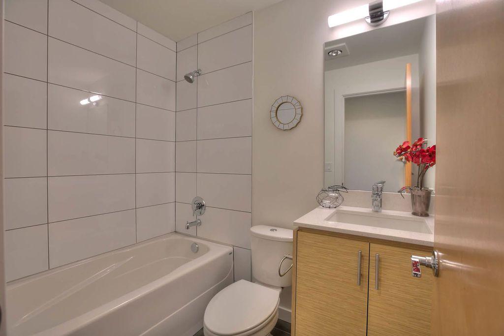 European, Flush, Marble - simple, Modern, Normal (2.7m), Tile, Undermount