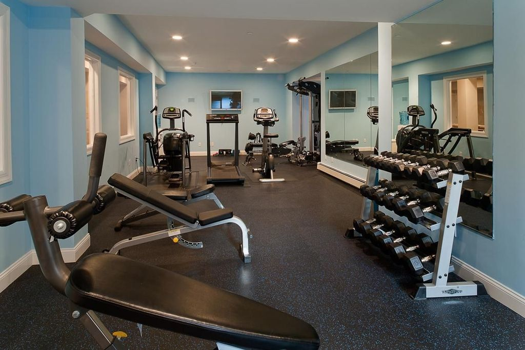 Contemporary home gym by houlihan lawrence zillow digs - Images of home gyms ...