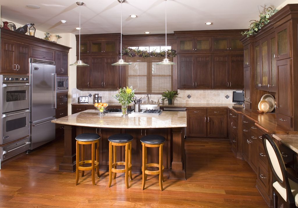 Traditional Kitchen with dishwasher, full backsplash, specialty window, Simple granite counters, Farmhouse sink, U-shaped