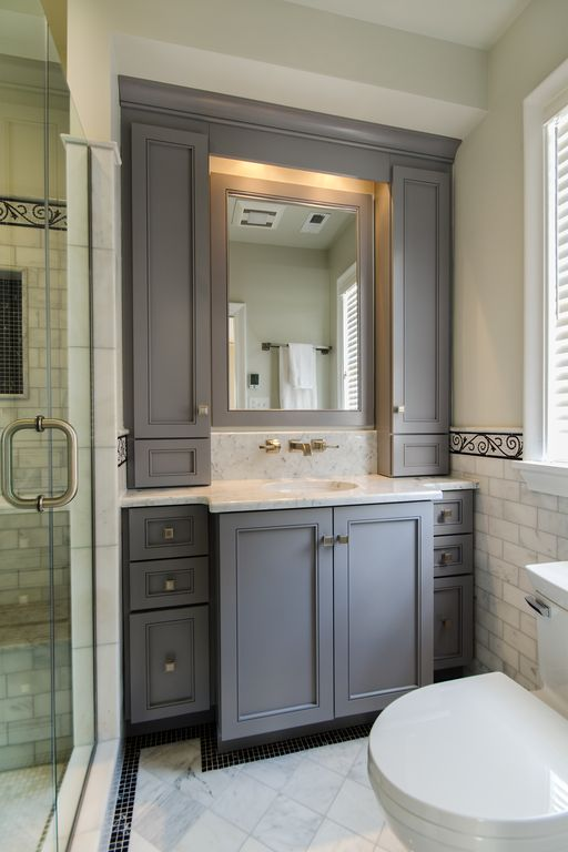 Traditional Master Bathroom with Undermount sink, Paint 1, Casement, Flat panel cabinets, Inset cabinets, Complex Marble