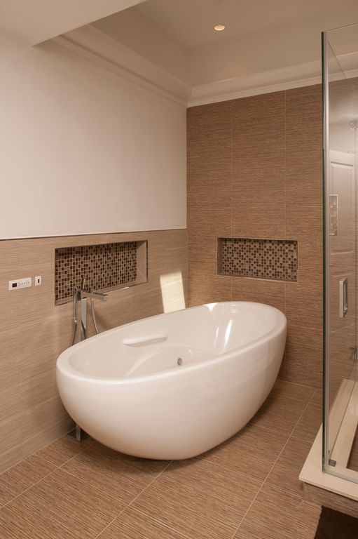 Contemporary Master Bathroom with High ceiling, Wall Tiles, Freestanding, Bathtub, Instant mosaic - natural stone wall tile