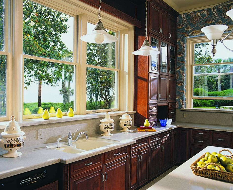 Traditional Kitchen with dishwasher, Multiple Sinks, Framed Partial Panel, Raised panel, Simple granite counters, L-shaped