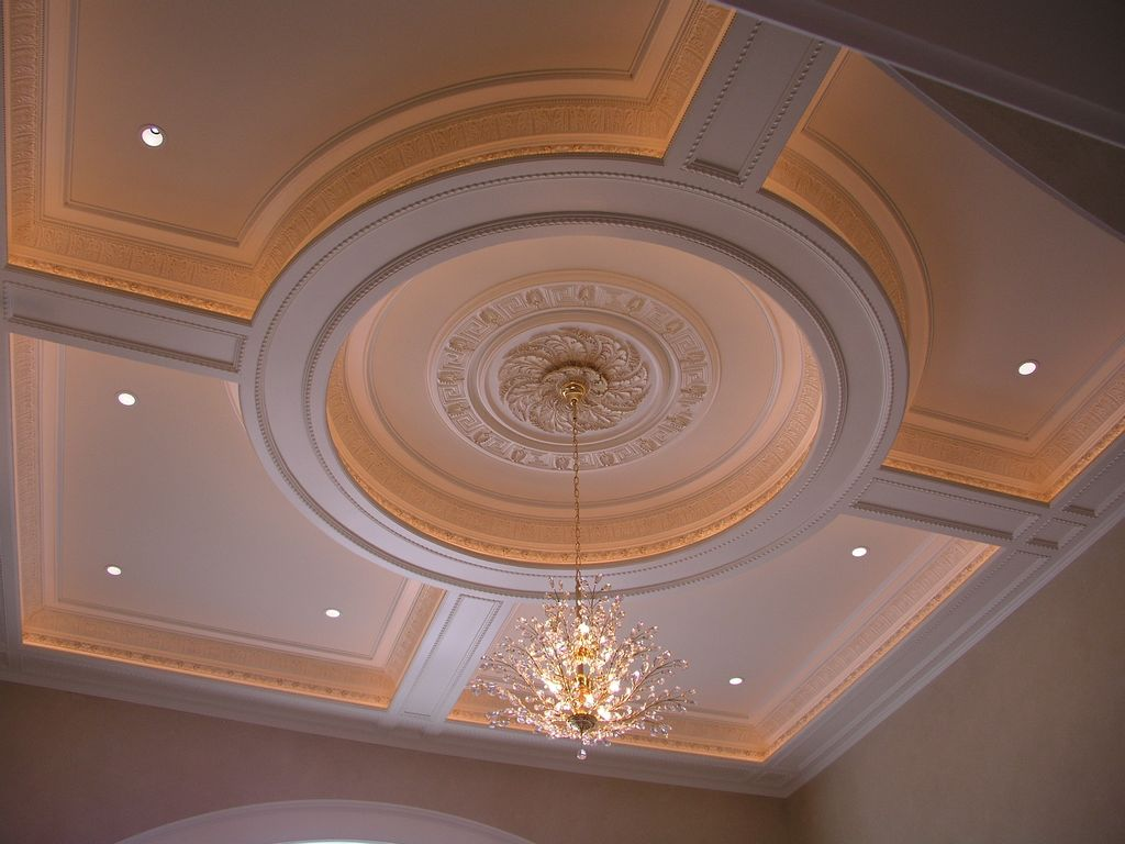 Traditional Living Room with Decorative ceiling, can lights, Chandelier, High ceiling, Paint, mini can lights