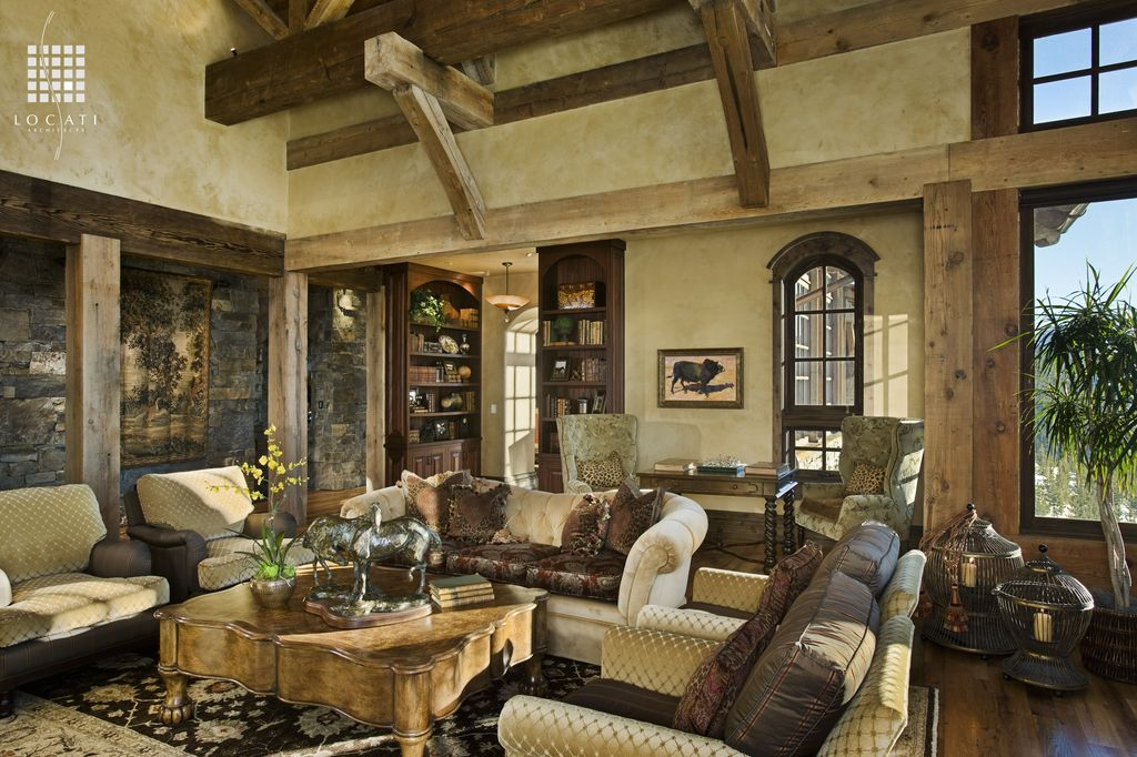 Great rustic great room zillow digs for Wildlife living room ideas