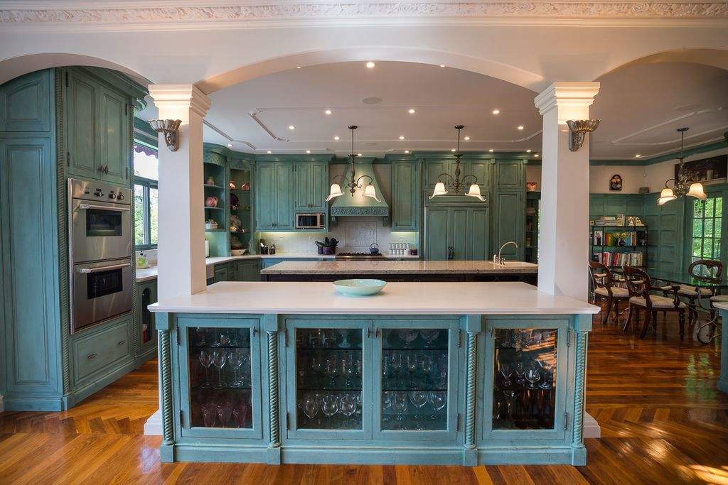 Traditional Kitchen with Decorative ceiling trim, full backsplash, can lights, Multiple Sinks, Jenn-air - double wall oven