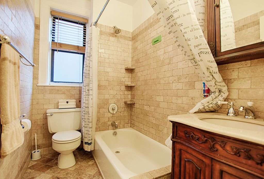 Traditional Full Bathroom with Wall Tiles, Casement, Flat panel cabinets, Flush, Bathtub, shower bath combo, Shower