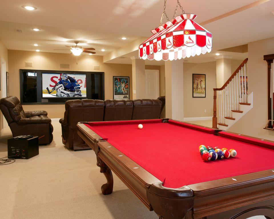 Traditional Basement with Standard height, Carpet, six panel door, Columns, Aramith Super Pro Value Ball Pak, Paint 1