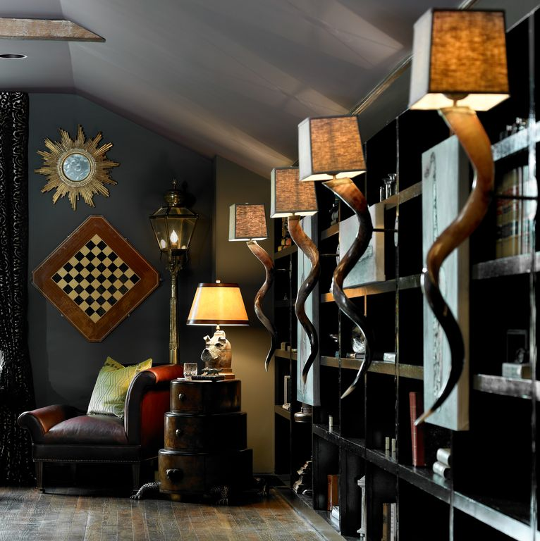 Built-in bookshelves/cabinets, Eclectic, Hardwood, Normal (2.7m), Wall sconce