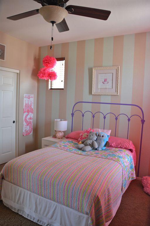 Traditional Kids Bedroom with no bedroom feature, Carpet, Ceiling fan, Standard height, picture window, six panel door