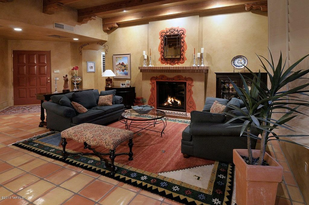 Great Southwestern Living Room Zillow Digs