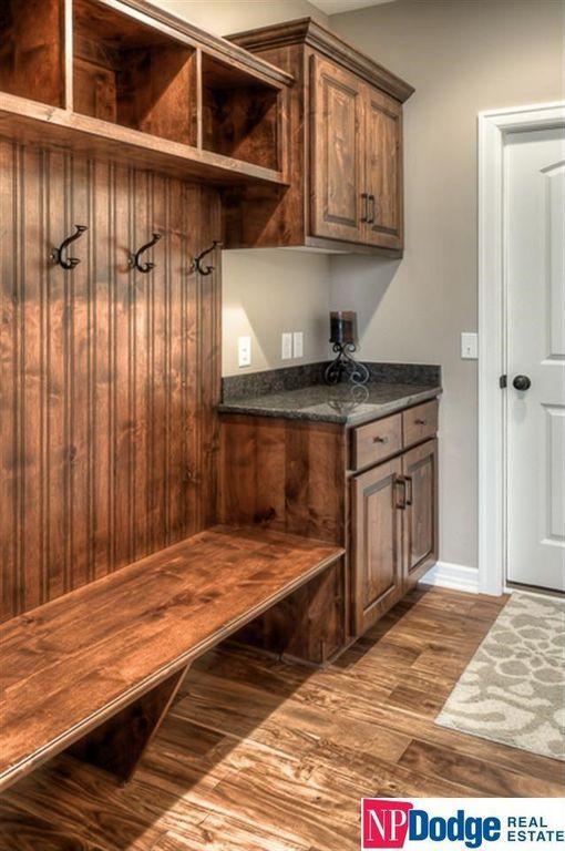 Rustic Mud Room with Hardwood floors, Standard height, Stonemark granite 3 in. granite countertop sample in peacock green