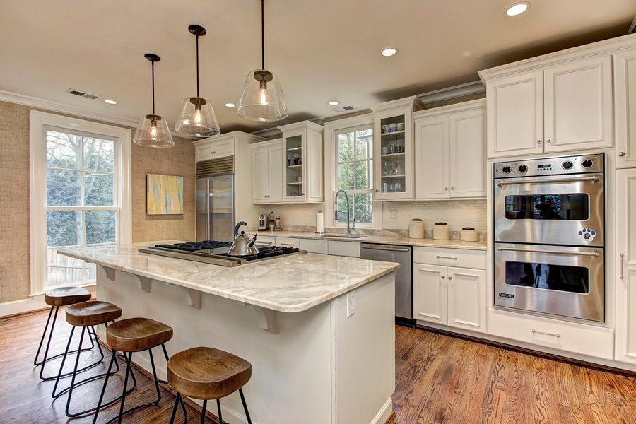 Traditional Kitchen With One Wall European Cabinets In