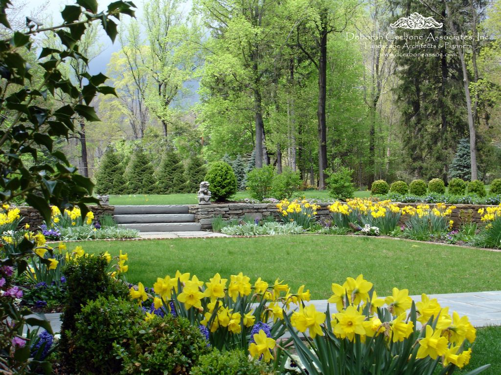 Traditional Landscape/Yard with exterior stone floors, Pathway, Raised beds