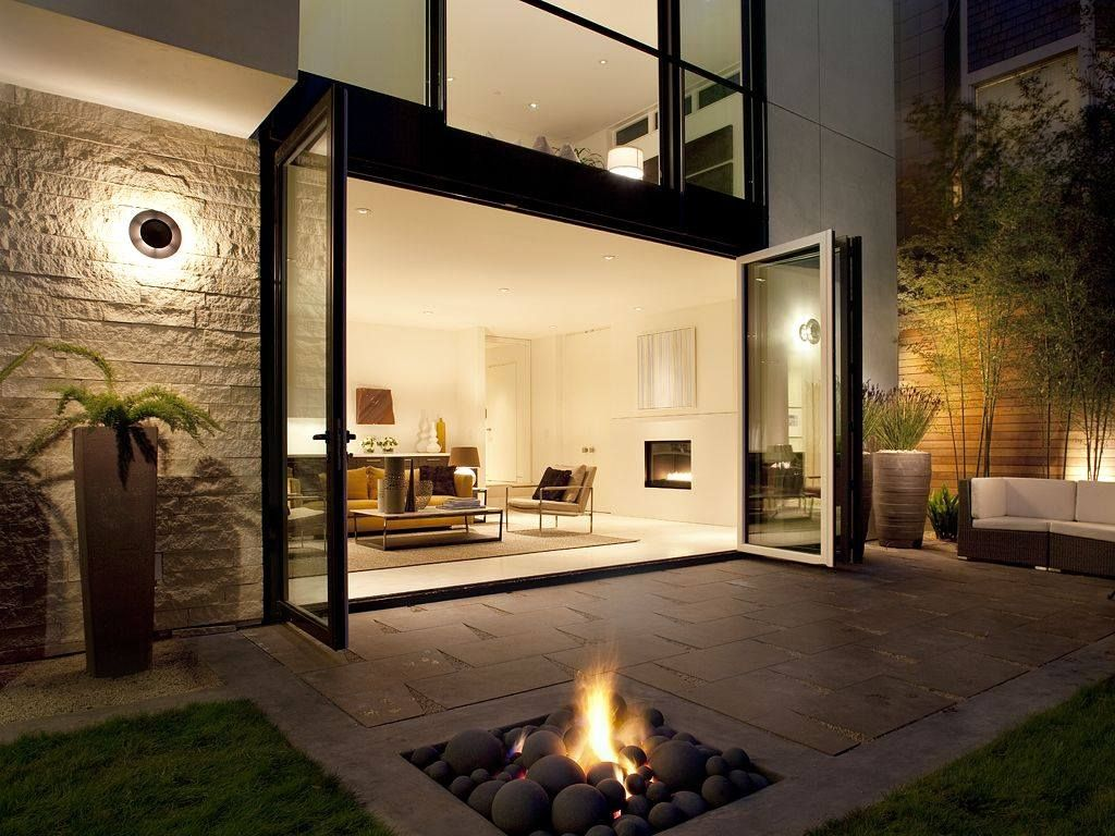 Contemporary Patio with Fire pit, Indoor/outdoor living