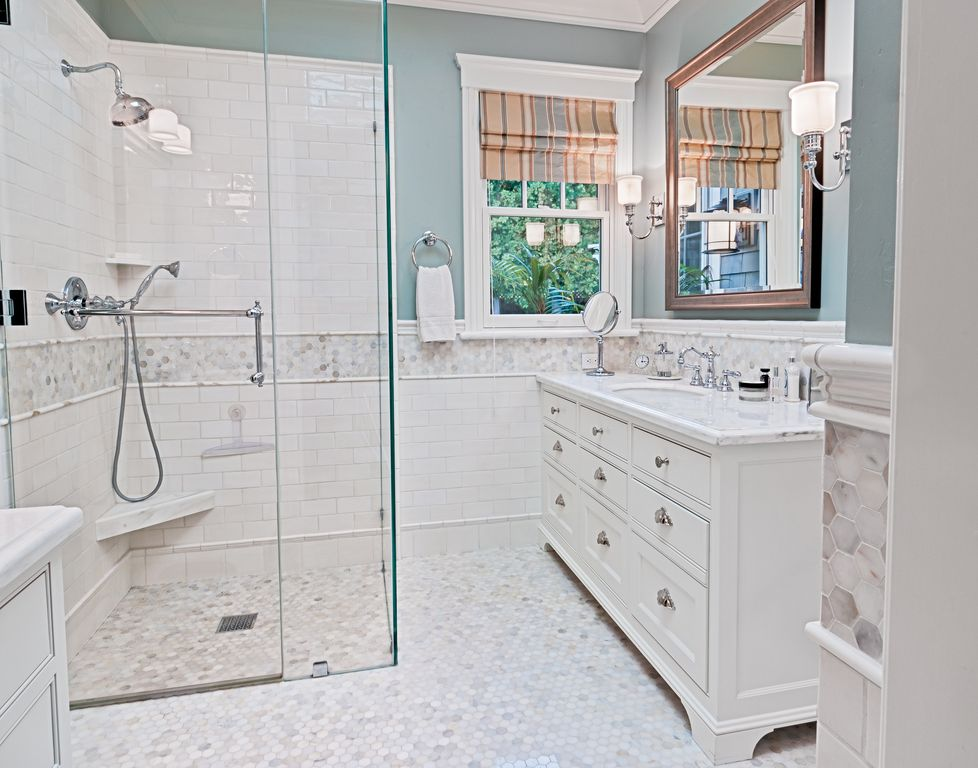 Traditional Master Bathroom with Master bathroom, frameless showerdoor, partial backsplash, Complex marble counters, Paint