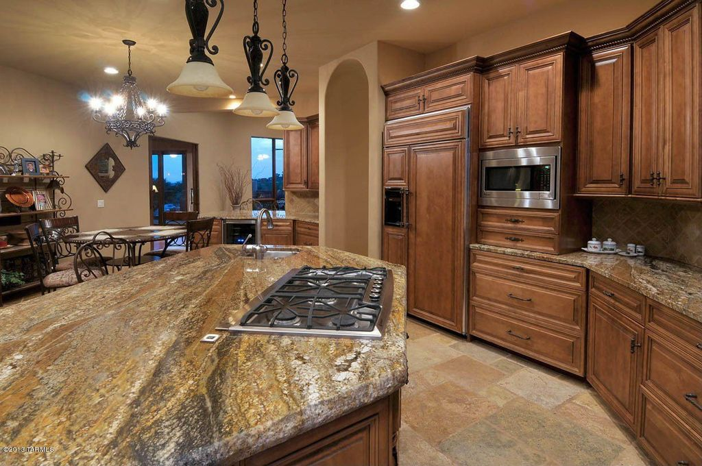 Craftsman Kitchen with Pendant light, full backsplash, Ms international porcini pattern tumbled travertine paver kits, Flush