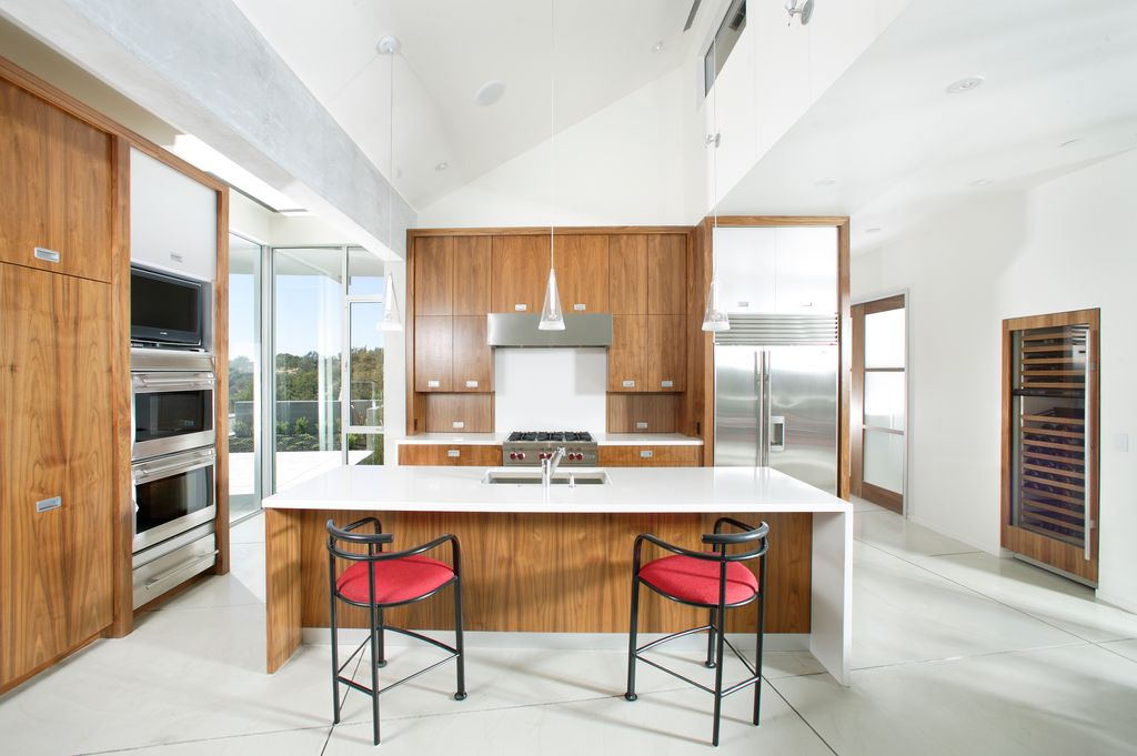 Modern Kitchen High Ceilings Modern Kitchen With High