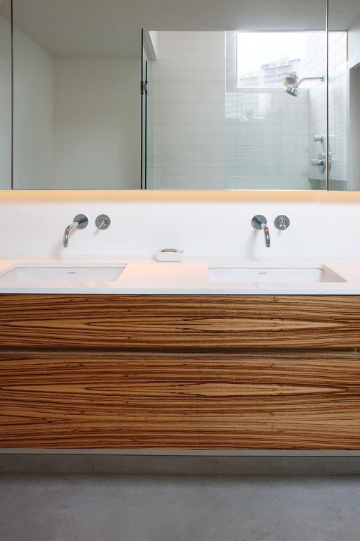 Contemporary Master Bathroom with frameless showerdoor, Casement, Standard height, Undermount sink, Flush, European Cabinets