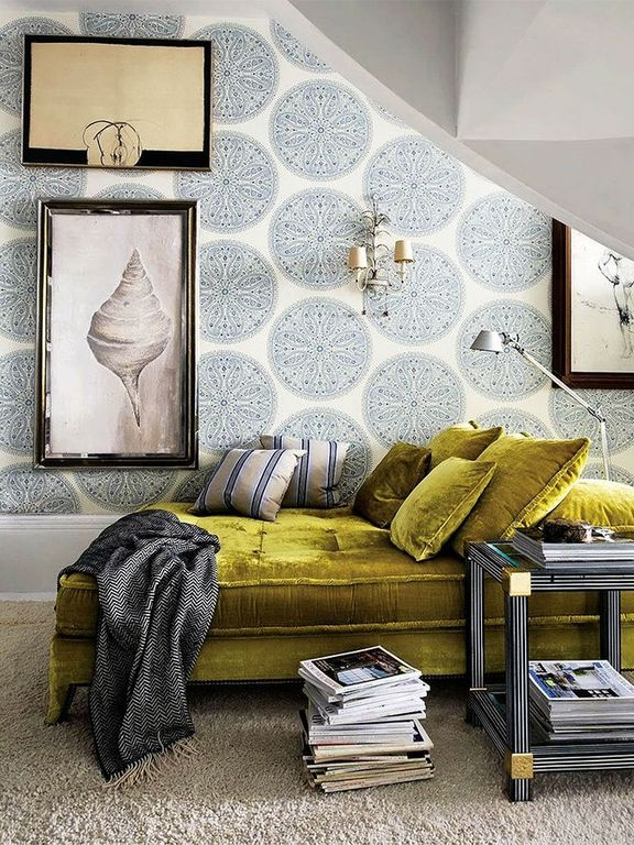 Carpet, Contemporary, High (3.0-4m), Wall sconce, Wallpaper