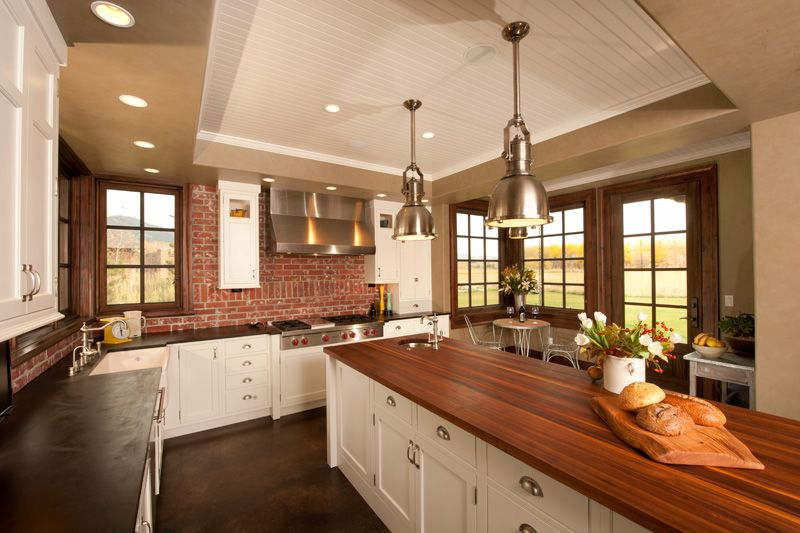 Country Kitchen with Kitchen island, Standard height, Silver modern pendant light, Flat panel cabinets, European Cabinets