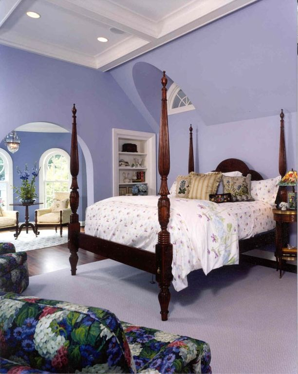 Traditional Master Bedroom with Arched window, Hardwood floors, Built-in bookshelf, Crown molding, Exposed beam, can lights