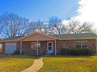 617 Bluebonnet St , Fredericksburg TX
