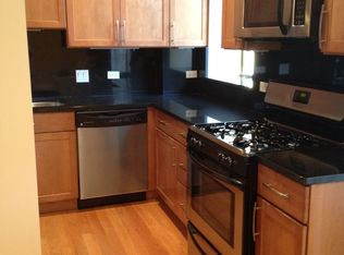 811 W Eastwood Ave Apt 205, Chicago IL
