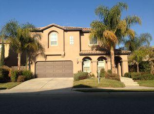 1192 E Via Marbella Dr, Fresno, CA 93730