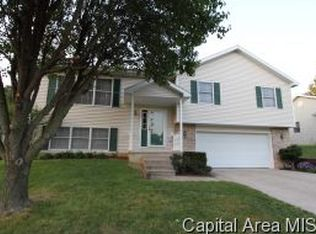 66 Holiday Rd , Springfield IL