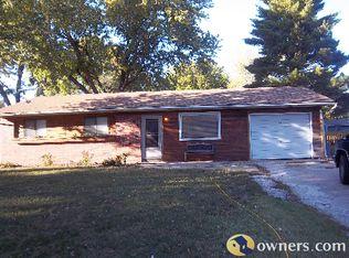 1414 Davis Rd , Lawrence KS