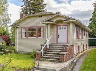 417 NE 60th St , Seattle WA