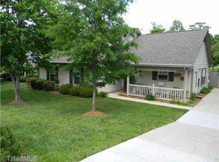 1708 Foxhall Ln , Greensboro NC
