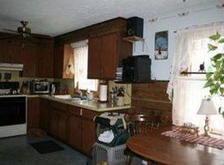 406 Log Plain Rd , Greenfield MA