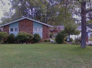 18692 Evergreen Dr , Strongsville OH