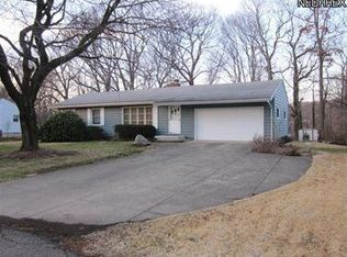 961 Tweed Dr , New Franklin OH