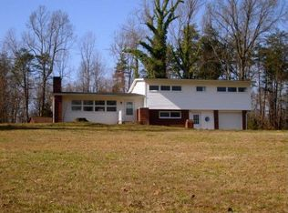 6230 Stanleyville Dr , Rural Hall NC