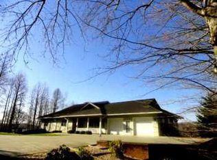 2693 Hidden Valley Rd , Hiawassee GA